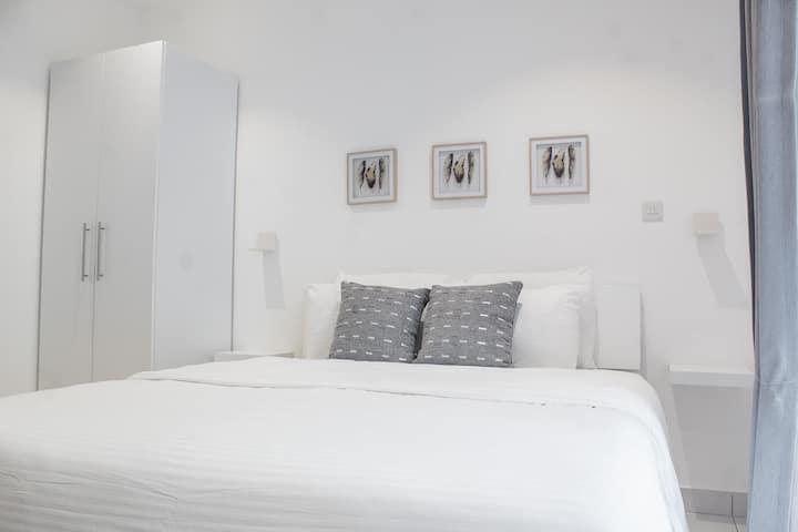 Luxury Studio Apartment with On-Site Restaurant