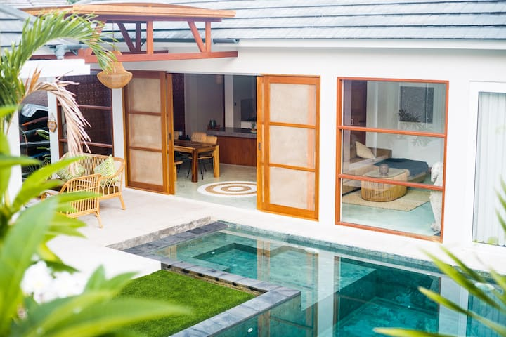 Villa Mahai - New 3br Quiet Oasis in Kuta Lombok