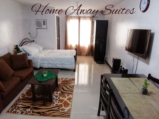 Suites  w/ balcony near  Festival Mall Alabang