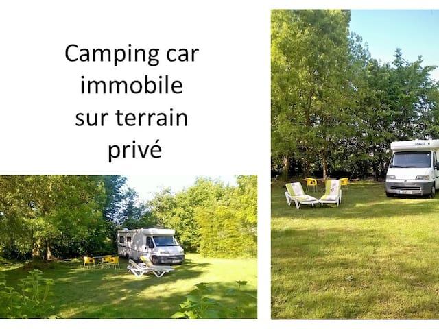 CAMPING CAR immobile sur terrain privé a PORNIC