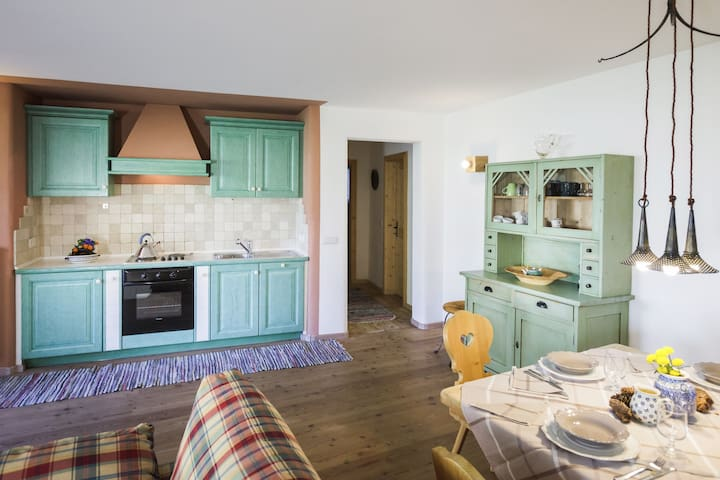 Holiday Apartment in Luxury Chalet with Country Style Interior, Wi-Fi and Garden