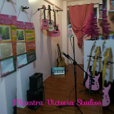 Maestra Victoria Studios - Quezon City - Lejlighed