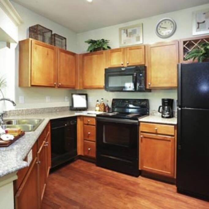Modern kitchen; Cocina moderna;
