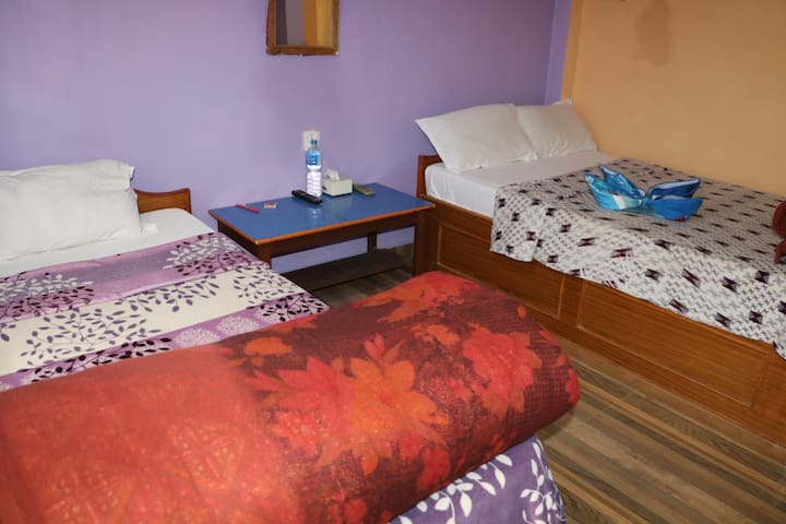 Standard triple room with attach bathroom and wifi
