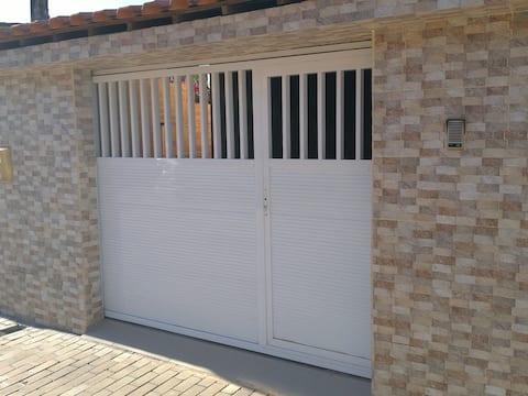 3 QTS-2 Banheiros-Garagem Localização privilegiada