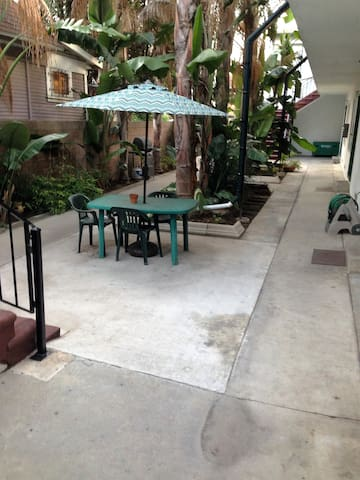 Bedroom near downtown Long Beach - Long Beach - Apartment