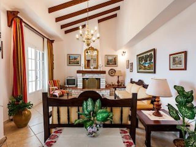 Beach Villa Superior Maisonette Apt of 3 bedrooms - Agios Gordios - Villa
