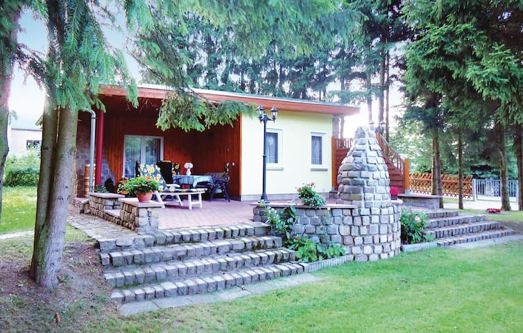 Holiday cottage with 2 bedrooms on 42m² in Trieb