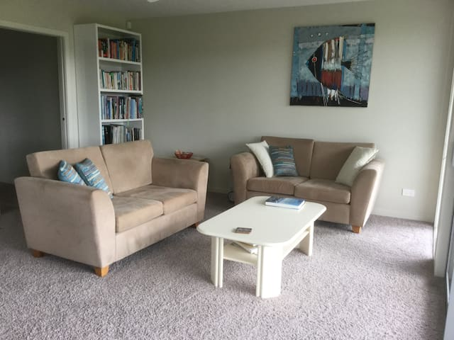 Room or Apartment at Hangar House at the Airfield - Whitianga - Wohnung