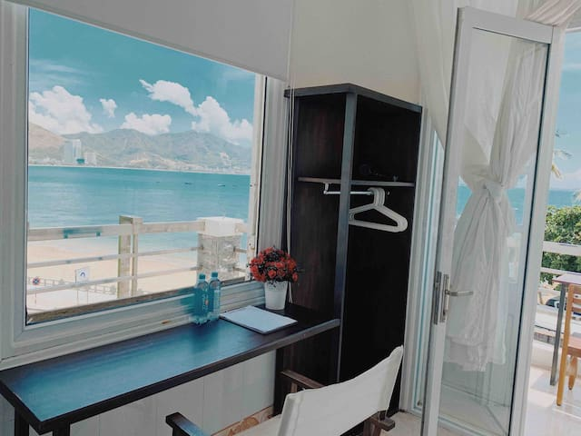 Panoramic Ocean View Rooms - Seaview Balcony