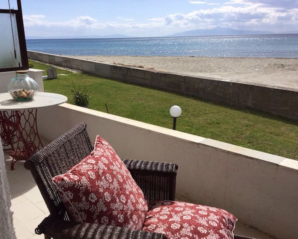 Sea view apartment - Skala Fourkas