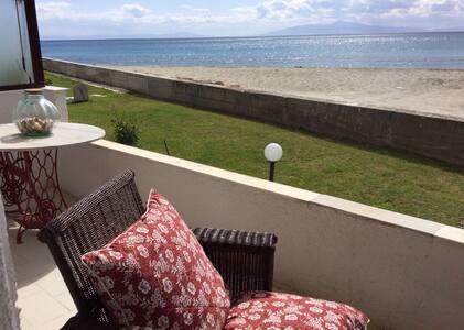 Sea view apartment - Skala Fourkas - Appartement