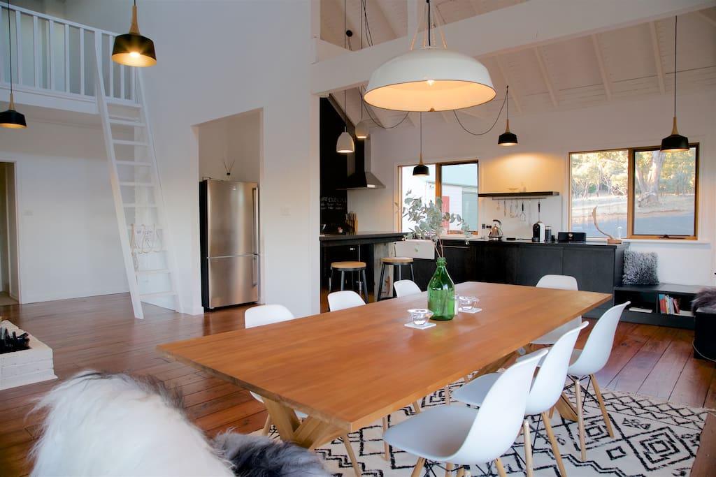 Snowpine Lodge    Dining / Kitchen / Living