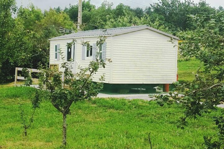 Casita  de 2 habitaciones  en el campo