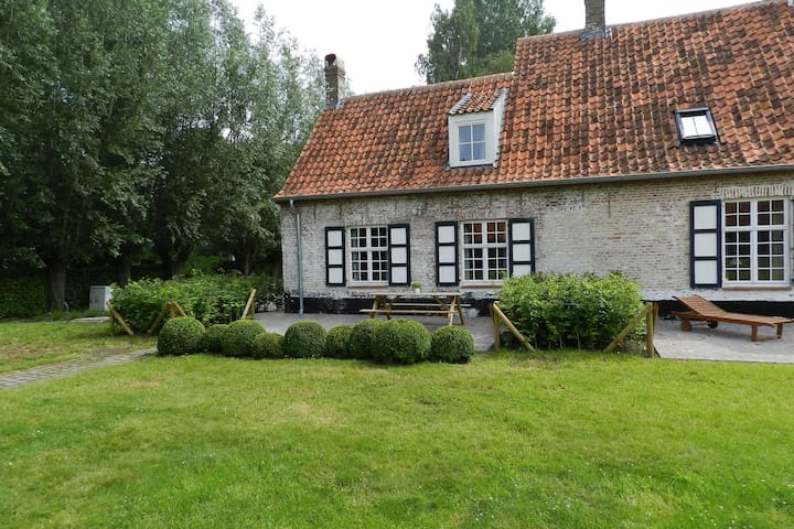 Rustic Farmhouse in Damme with Terrace