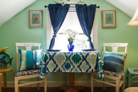 Charming Cape Cod Suite