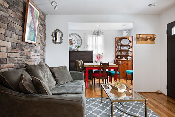 Downtown Nashville Home| 3 MINUTES TO BROADWAY