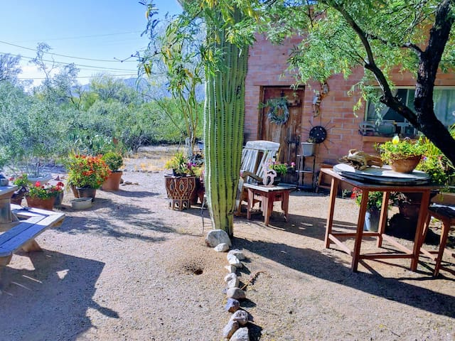 Knightly's Ranch Guesthouse