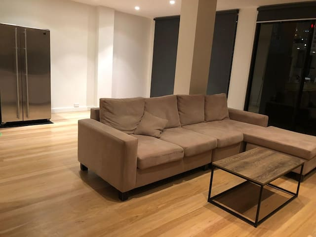 Large Luxurious double room in the heart of Sydney