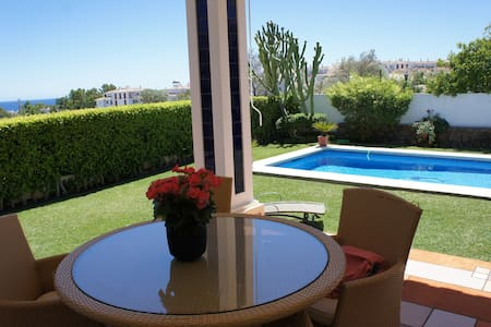 Beautiful Villa  near Marbella (Calahonda) - ミハス