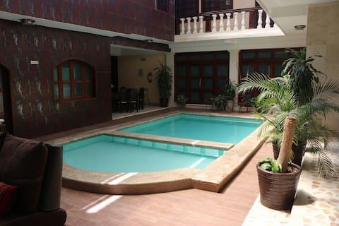 Hotel Quetzal matrimonial