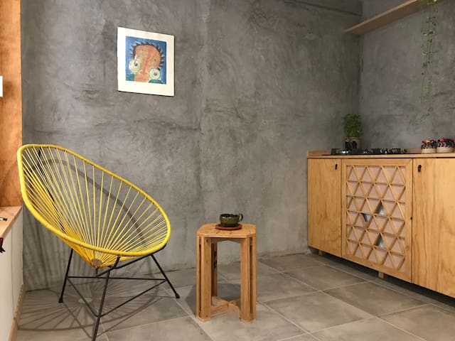 Casa Biu'. Cozy small apartment in downtown