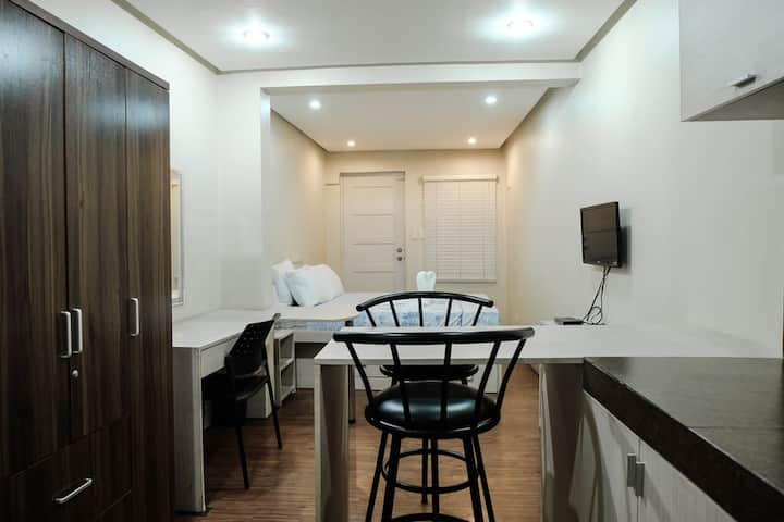 G/F Modern Studio Apartment in Makati City