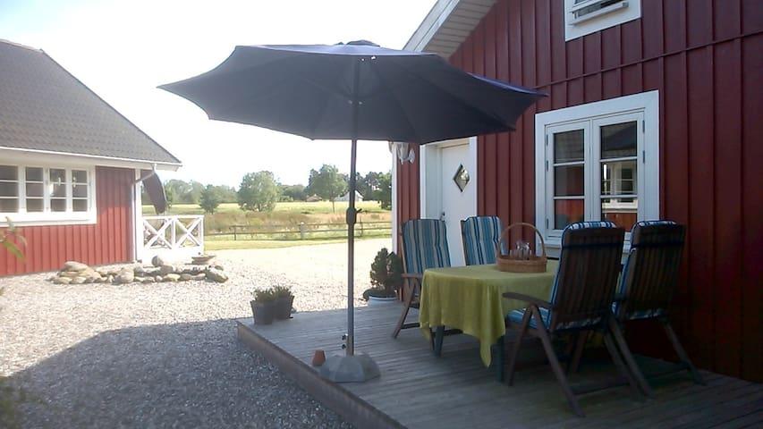 Selvstændig lejlighed i naturskønne omgivelse. - Stenstrup - Bed & Breakfast