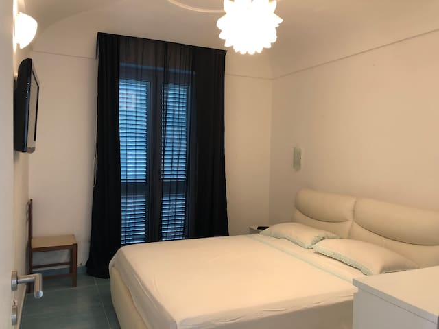 Private room in shared apartment in Forio