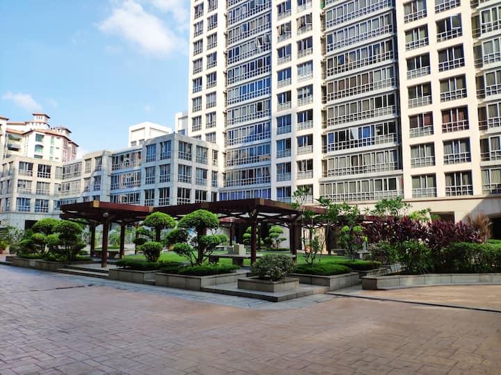 Nice Entire Condo Apt 150m f. Downtown MRT Station