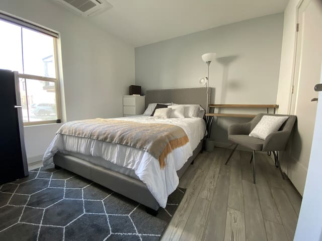 Room #1: Comes with a 40 inch smart TV for all the streaming services and includes free access to Netflix, 4 cabinet dresser, desk and cushion chair with floor lamp, mini-frig, microwave and full closest to store your personal items and hang clothes.