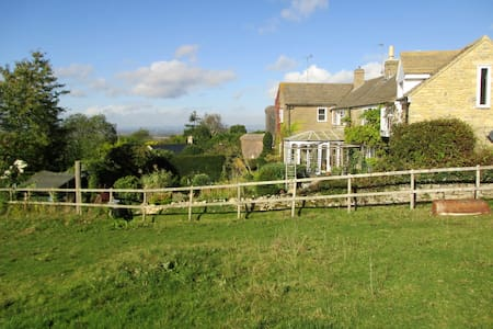 Double room in the Cotswolds, close to Cheltenham. - Gloucestershire - Hus