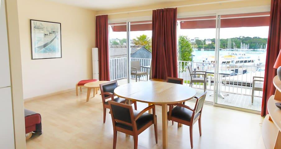 Appartement T3 avec balcon et vue sur l'odet