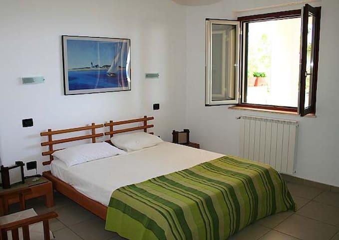 Main sleeping room