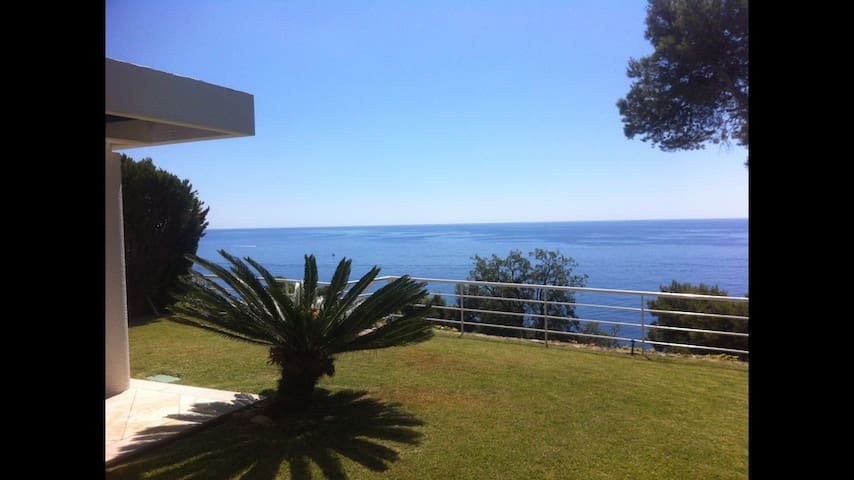 Stunning Villa with Panoramic Views - Canyet de Mar - House