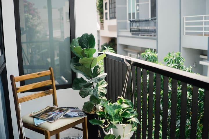 Cozy studio with Balcony- Close to My Khe Beach
