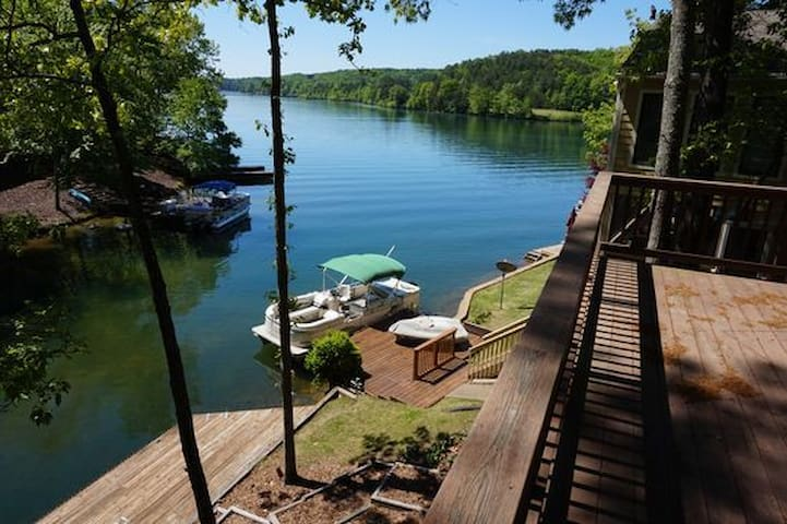 Quiet Home on Lake Arrowhead, GA - Waleska - Huis