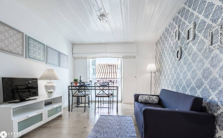 "LoveLisbonApartments ""Typical Portuguese Tiles"" - Lisboa - Apartamento"