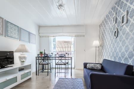 "LoveLisbonApartments ""Typical Portuguese Tiles"" - Lisboa - Wohnung"