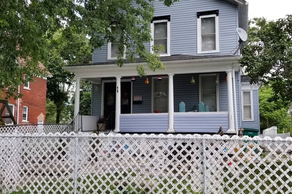 Top 100 Airbnb Rentals 2017 in Niagara Falls, New York