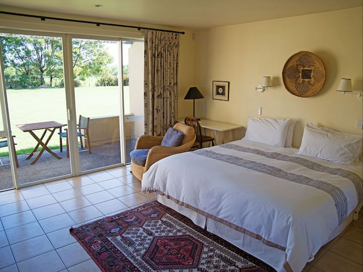 Studio @ Brackenridge Country Retreat and Spa