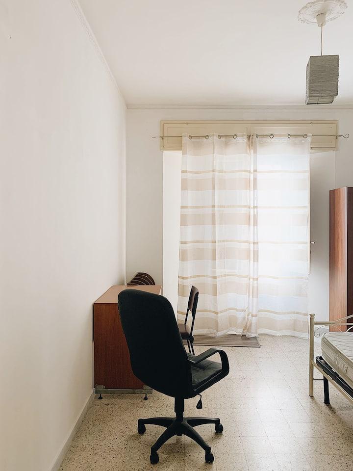 Ampia e luminosa stanza privata