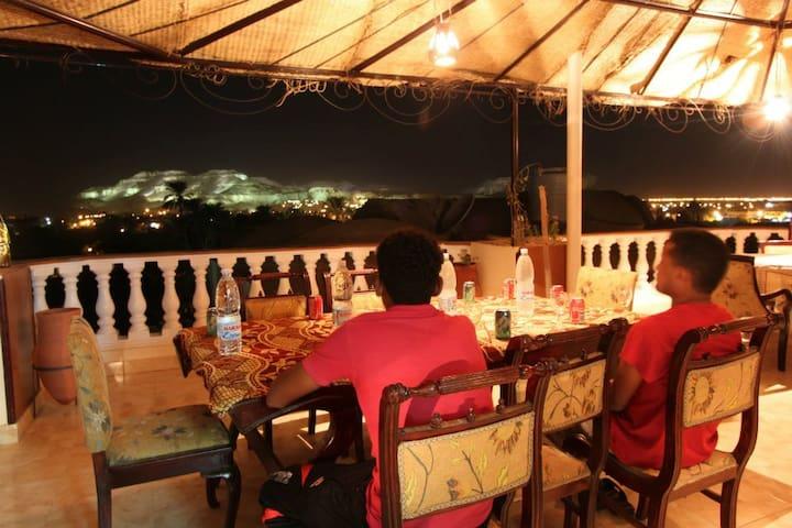 Cleopatra Hotel Luxor - Luxor - Bed & Breakfast