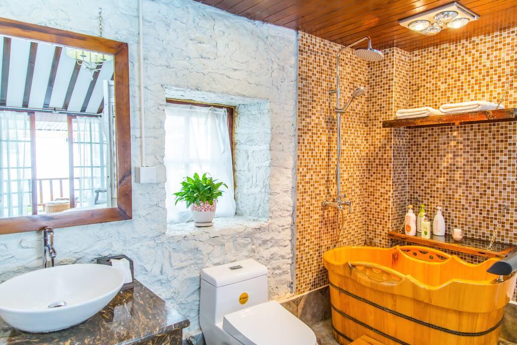 独立房间木桶浴