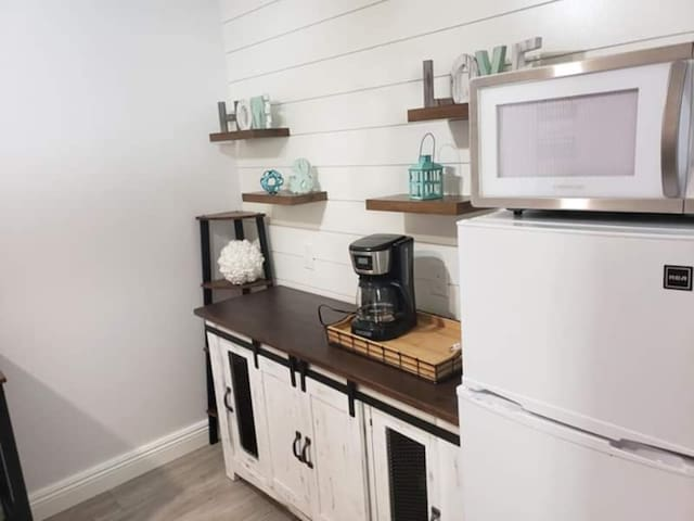 Gorgeous Extended-Stay Suite Available
