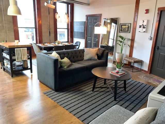 Enjoy downtown Longview views and a unique experience of loft living.