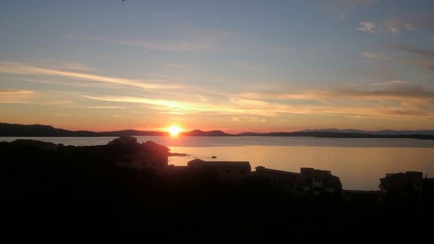 BAJA SARDINIA panoramico vista Maddalena e Caprera - Arzachena