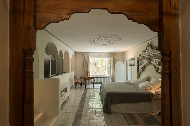 Villa HEIWA: La suite Andalouse