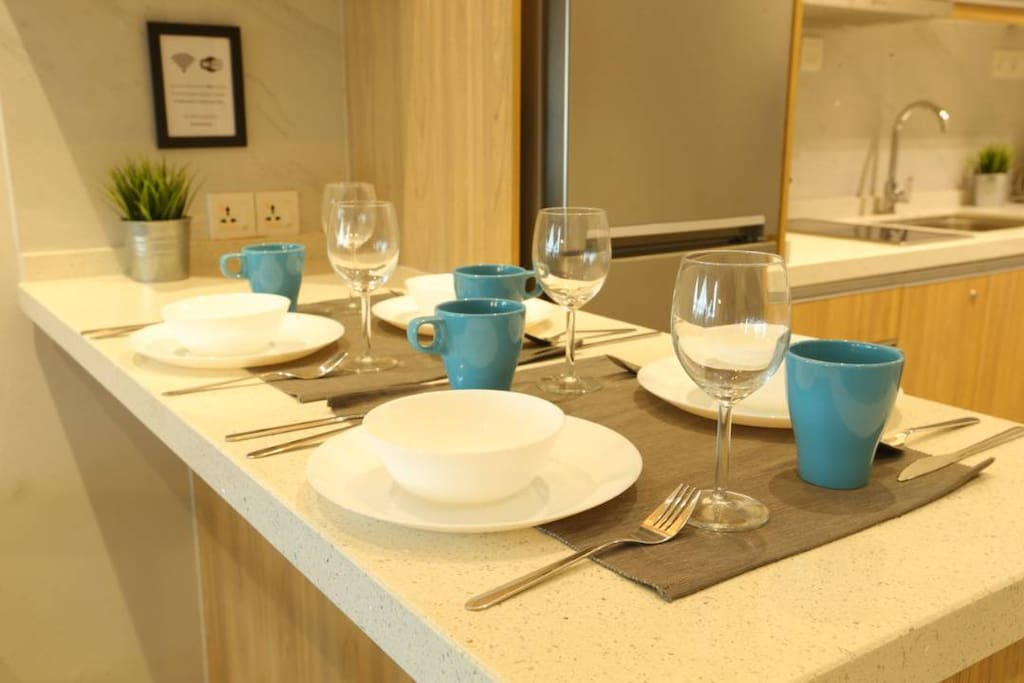 Dining ware set