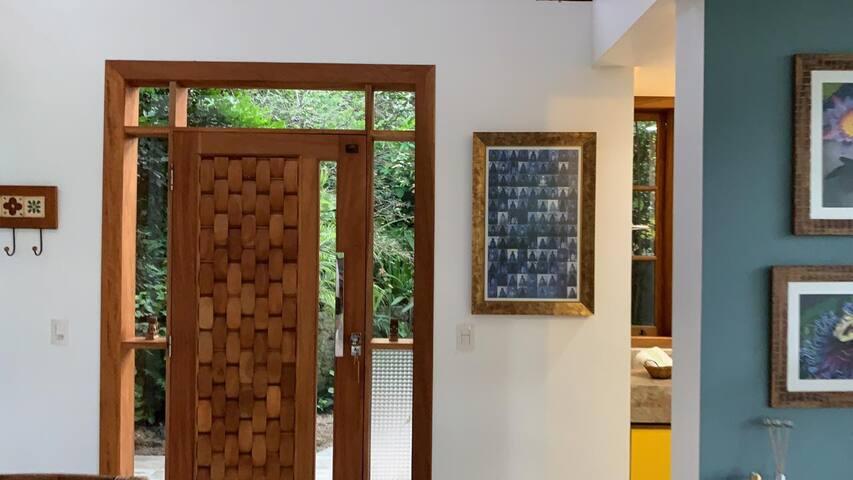 Porta de entrada da casa
